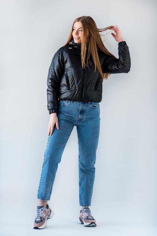 Демисезонная укороченная чёрная куртка Берри