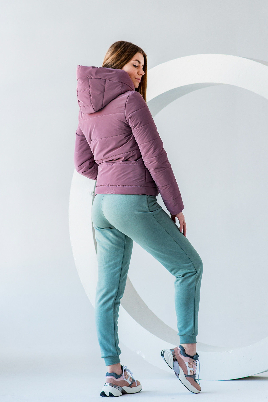 Весення укороченная розовая куртка Лия бархат