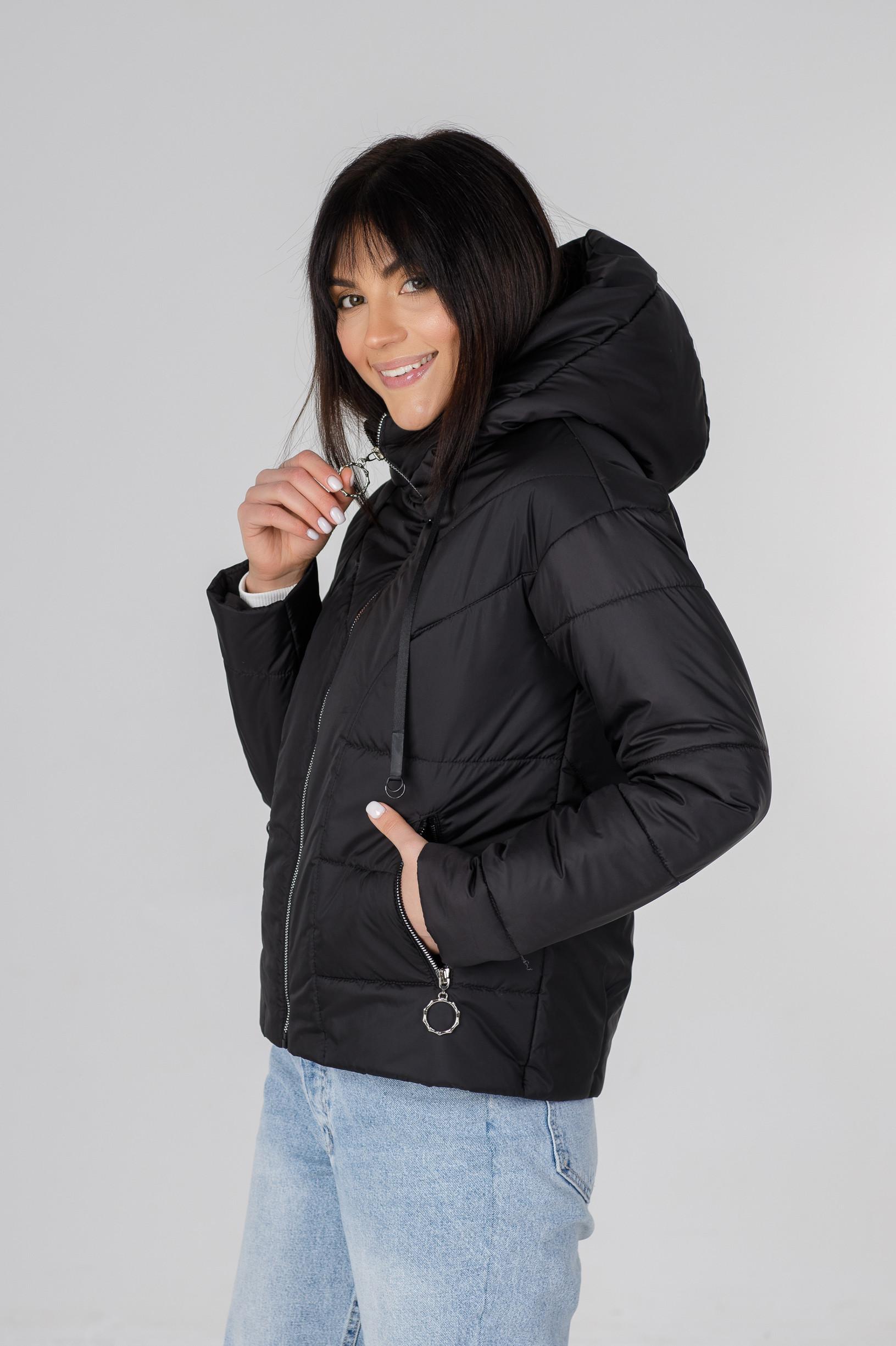 Стильная чёрная весенняя куртка Ася