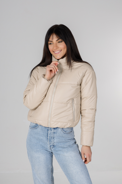 Стильная молочная куртка из эко-кожи Харви