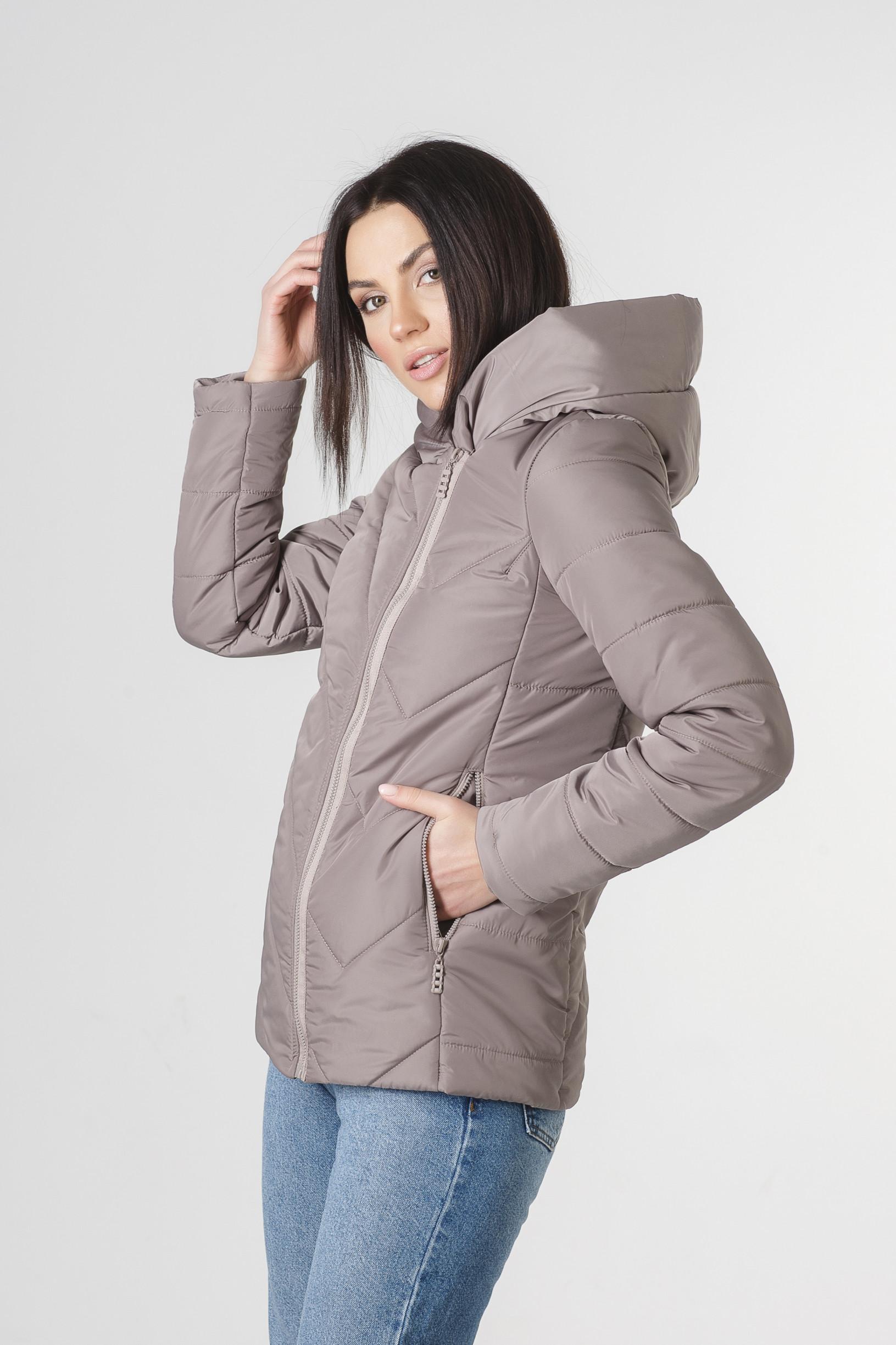 Весенняя бежевая курточка Хайди