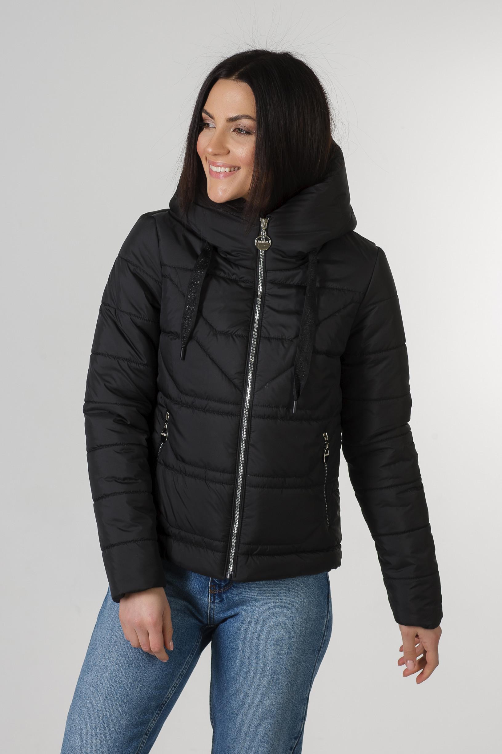 Демисезонная укороченная чёрная куртка Лия