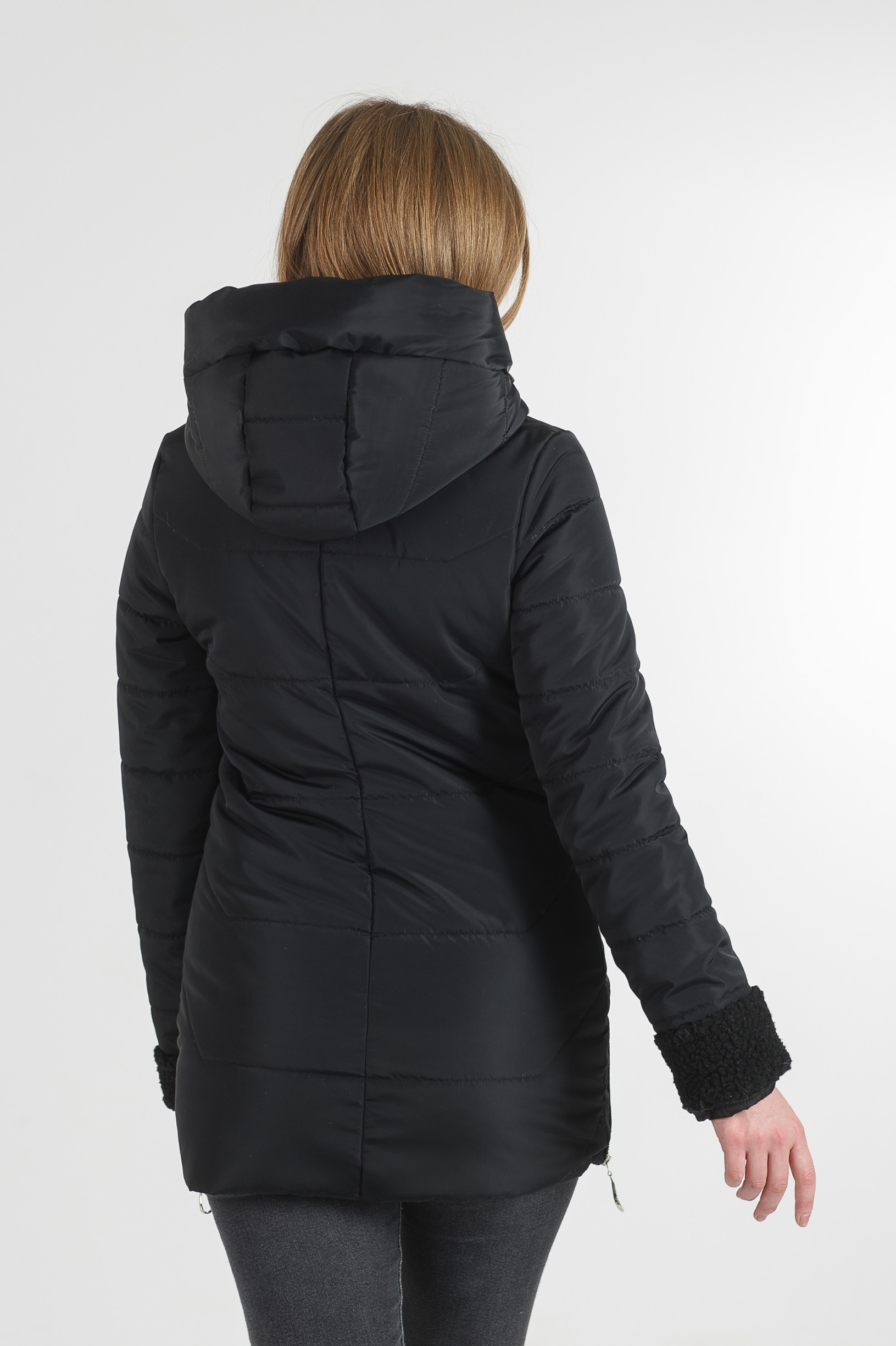 Тёплая весенняя удлинённая чёрная куртка Фокси