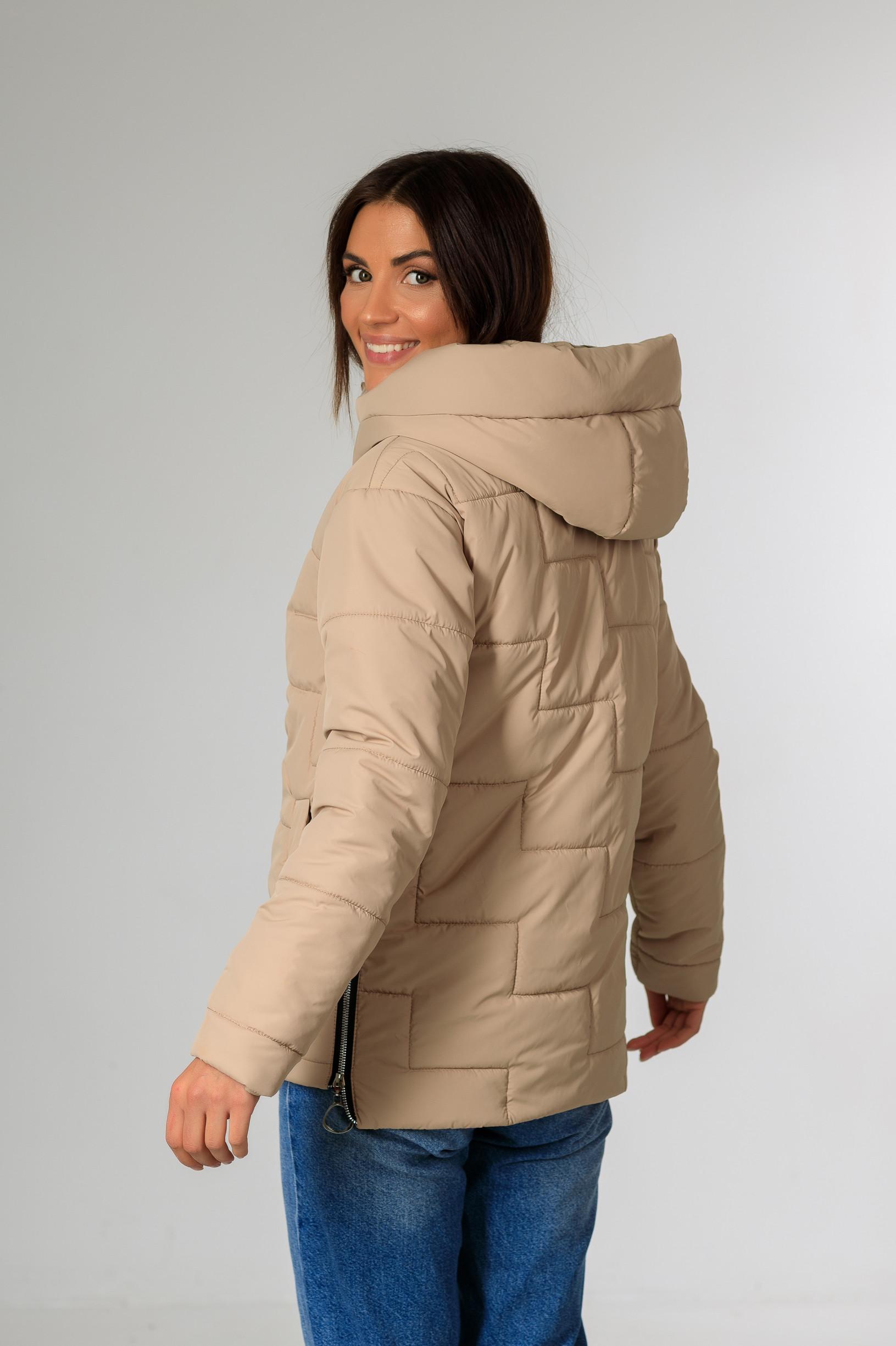 Демісезонна жіноча куртка Теффі бежевого кольору