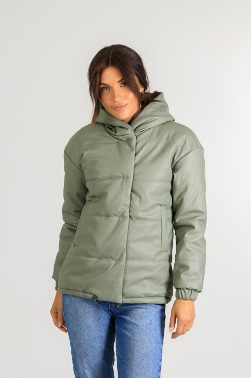Демисезонная женская куртка из эко-кожи Тина зелёного цвета