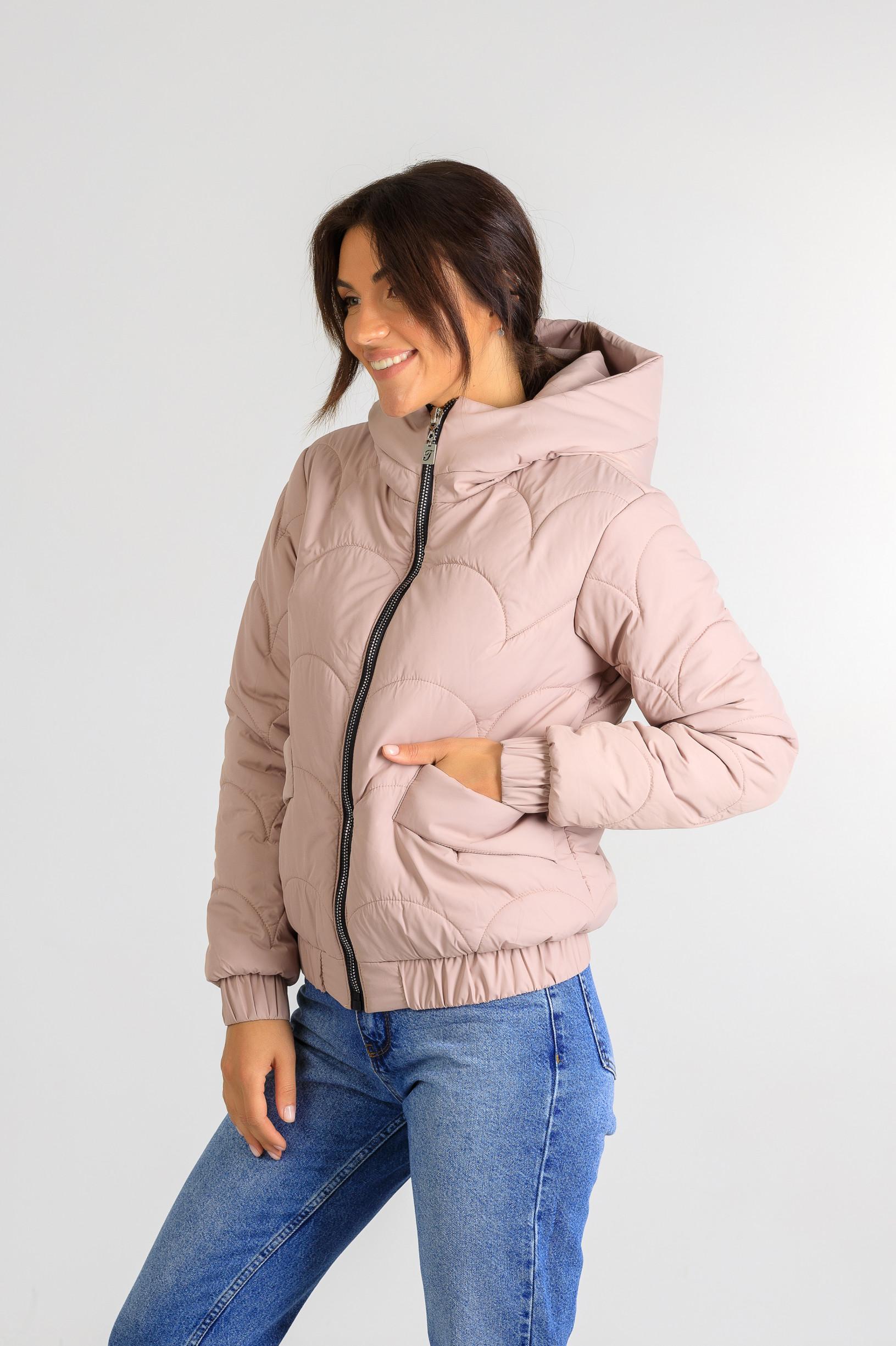 Демисезонная женская куртка Уля розового цвета