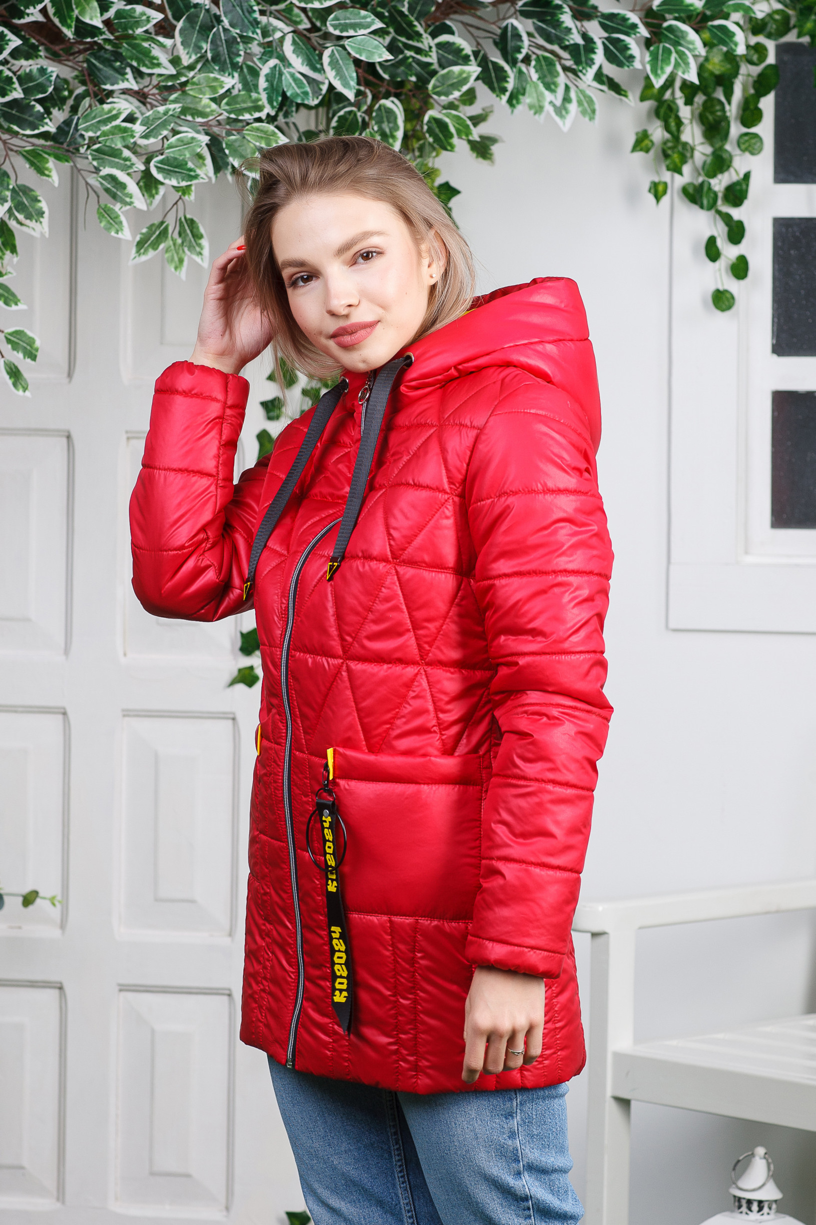 Красная куртка-плащ Римма красная