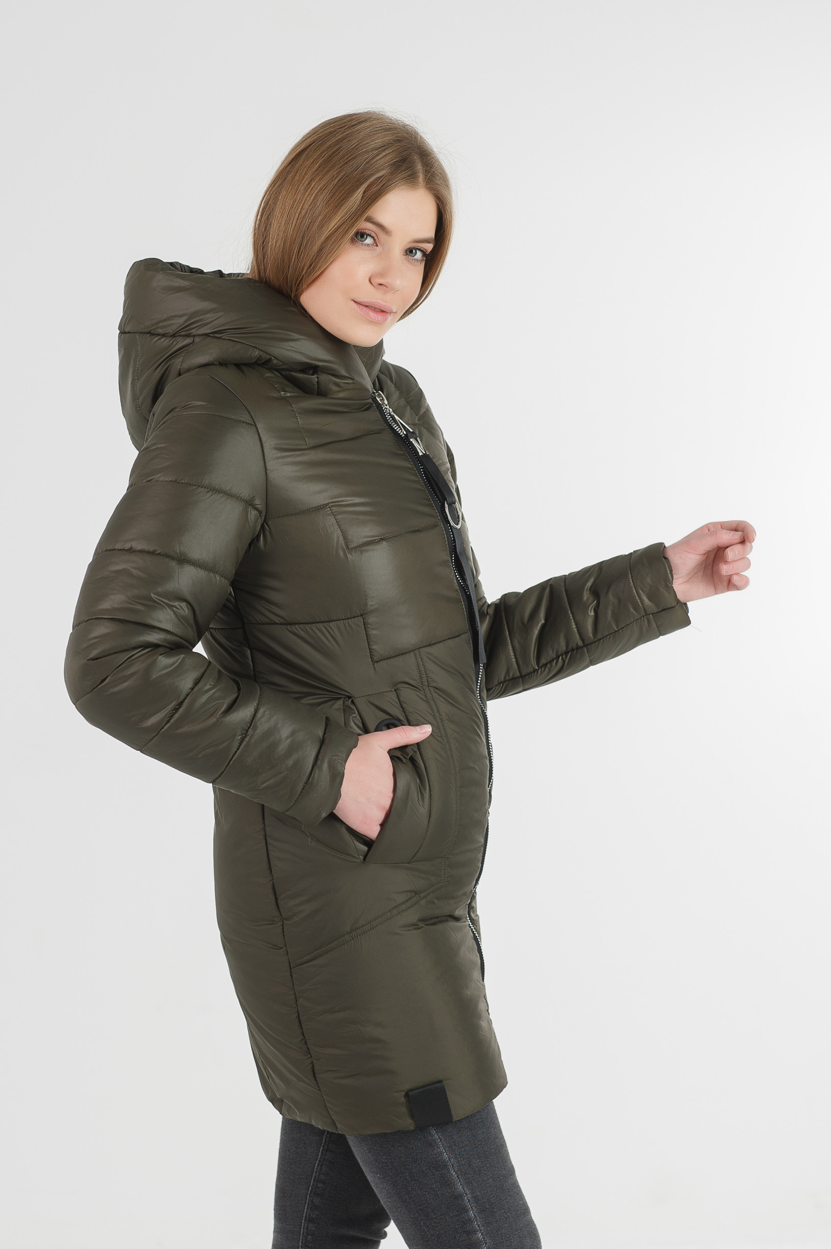 Зимняя удлинённая зелёная куртка Жако