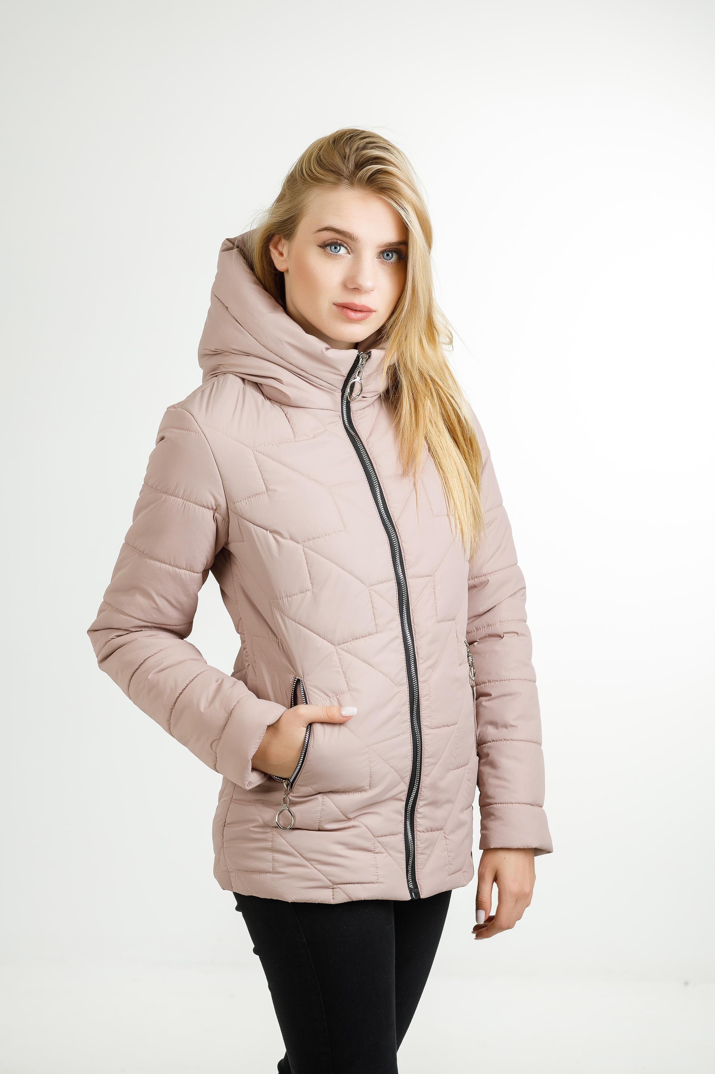 Демисезонная женская удлинённая куртка